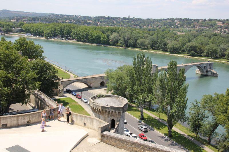 Le Pont de Avignon