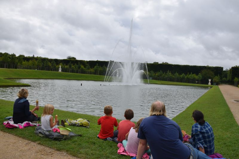 Picnic spot whilst the fountains did their thing in time with the classical music