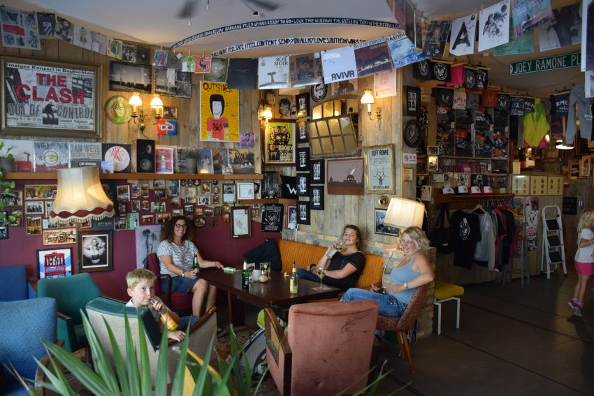 The Ramones Museum/Cafe
